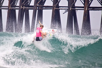 Bethany Hamilton Shredding