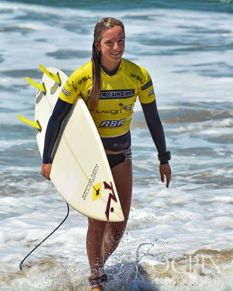 2016 Paul Mitchell Supergirl Pro surfing competition
