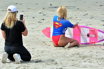 Ellie-Jean Coffey and Holly-Daze Coffey at the 2017 Supergirl Pro in Oceanside California
