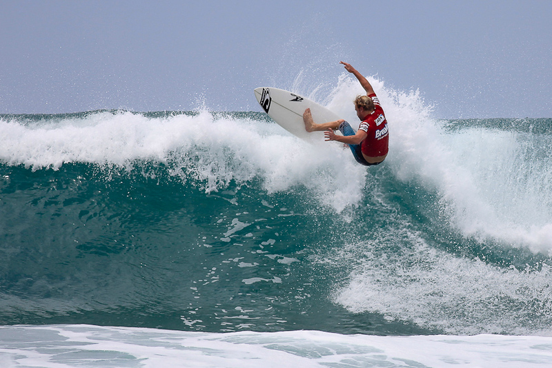 Burleigh Heads Surfing Photos - Breaka Burleigh Surf Pro; 19 February 2010.