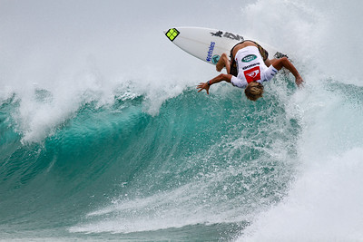 2011 Quiksilver Pro Surfing, Snapper Rocks Superbank, Gold Coast, Australia; 6 March 2011. Photos by Des Thureson