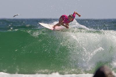 Roxy Pro Women's Surfing; Snapper Rocks, Coolangatta, Gold Coast, Queensland, Australia; 28 February 2012. Photos by Des Thureson - disci.smugmug.com.  Sarah Mason (NZL).   Round 4, Heat 1.