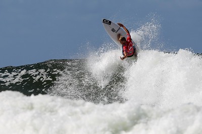 2013 Quiksilver Pro Surfing, Snapper Rocks, Gold Coast. Photos by Des Thureson.