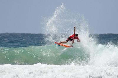 Brett Simpson - 2011 Quiksilver Pro Surfing, Snapper Rocks Superbank, Gold Coast. Sunday 6 March 2011. Photos by Des Thureson.
