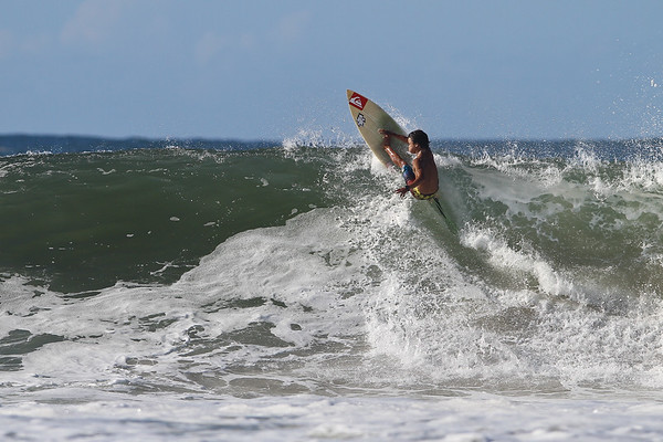 Surfing Snapper Rocks Superbank, Coolangatta, Gold Coast. Labour Day, Monday 2 May 2011. Photos by Des Thureson.