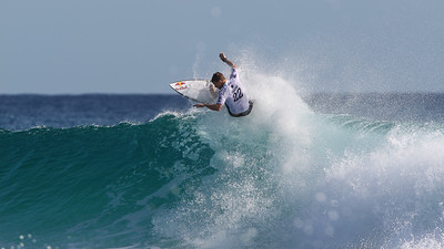 Kolohe Andino - Quiksilver Pro - 2016 Quiksilver Pro & 2016 Roxy Pro Surfing; Tuesday 15 March 2016; Snapper Rocks, Coolangatta, Gold Coast, Qld, AUS. Photos by Des Thureson - http://disci.smugmug.com