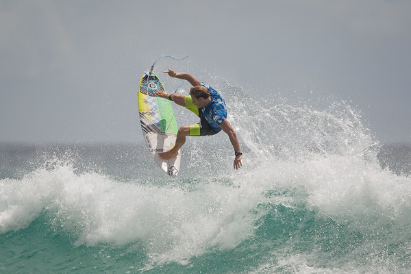 Bede Durbidge - 2015 Quiksilver Pro - 2015 Quiksilver Pro and 2015 Roxy Pro, final day; Friday 13 March 2015; Snapper Rocks, Coolangatta, Gold Coast, Qld, AUS. Photos by Des Thureson - http://disci.smugmug.com