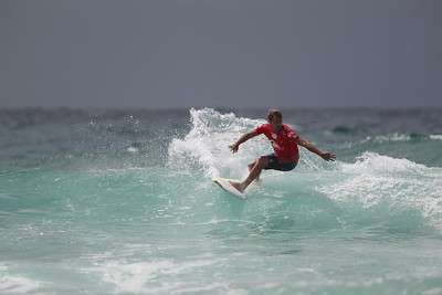 Unedited Extra Images - 2015 Quiksilver Pro & Roxy Pro Surfing
