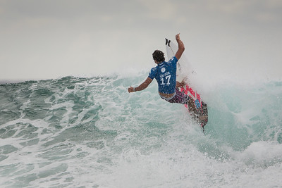 Afternoon, Final Day - Quiksilver & Roxy Pro Surfing, Snapper Rocks - Portfolio Photos