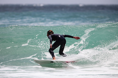 Surfing Burleigh Heads, Thursday 3 December 2015, Gold Coast, AUS. Photos by Des Thureson: http://disci.smugmug.com
