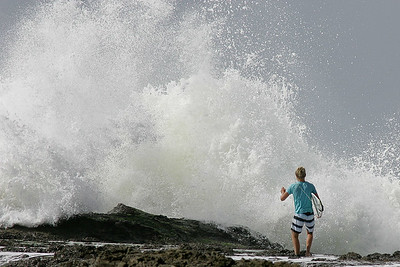 Surfing Burleigh & Snapper Rocks in big swell, 22 April 2009; Gold Coast, Queensland, Australia. Photos by Des Thureson:  http://disci.smugmug.com.