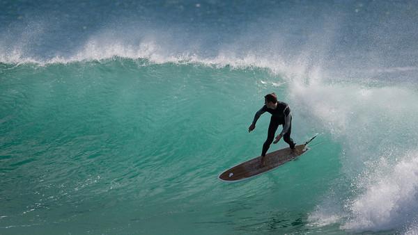 Surfing Kirra & Snapper Rocks in Big Swell