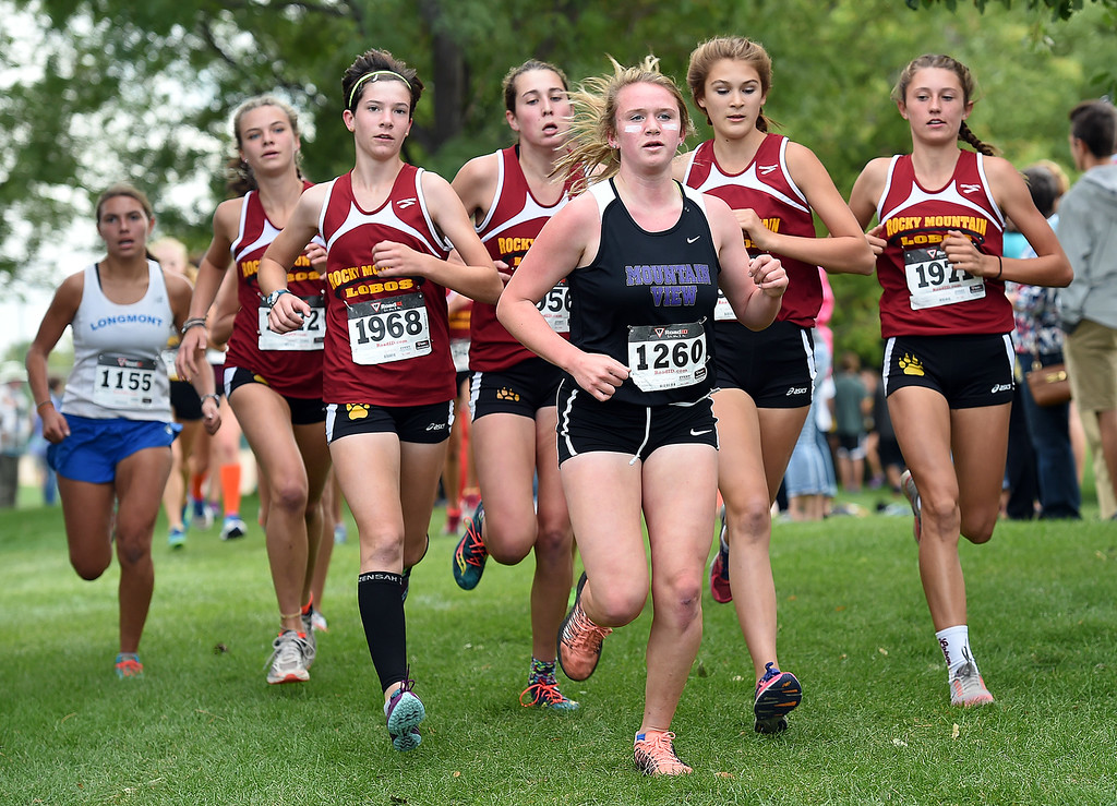. Mountain View\'s Taylor Petty runs Friday, Sept. 22, 2017, during the Sweetheart cross country meet at North Lake Park in Loveland.   (Photo by Jenny Sparks/Loveland Reporter-Herald)