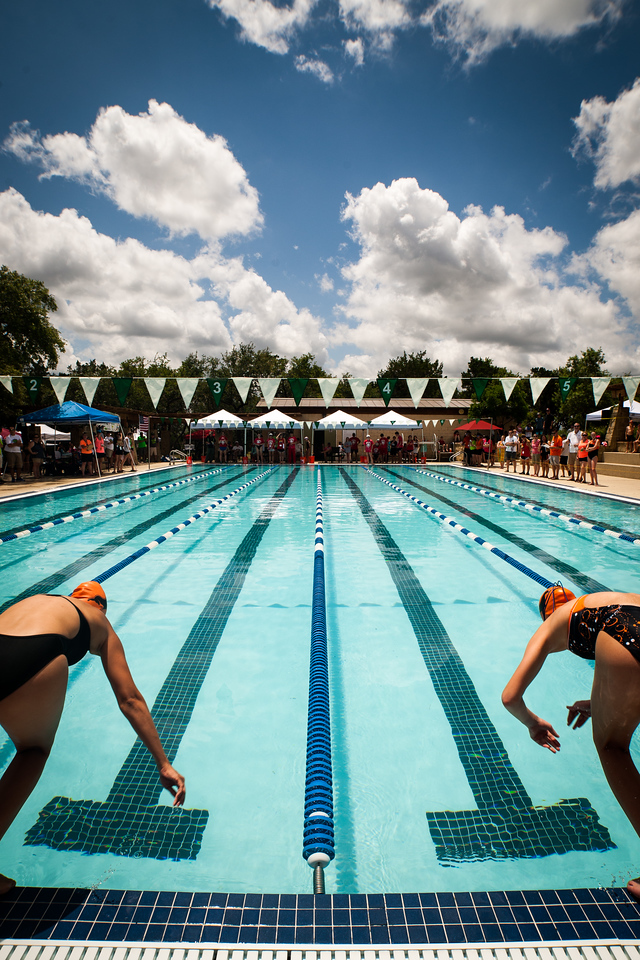 IMAGE: https://photos.smugmug.com/Sports/Swimming/Swimtopia-2015/i-LLsbxh8/2/X2/IMG_4387-X2.jpg
