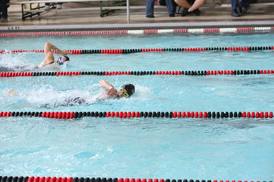 Alanna Becker first leg on the girls 400 yard freestyle relay