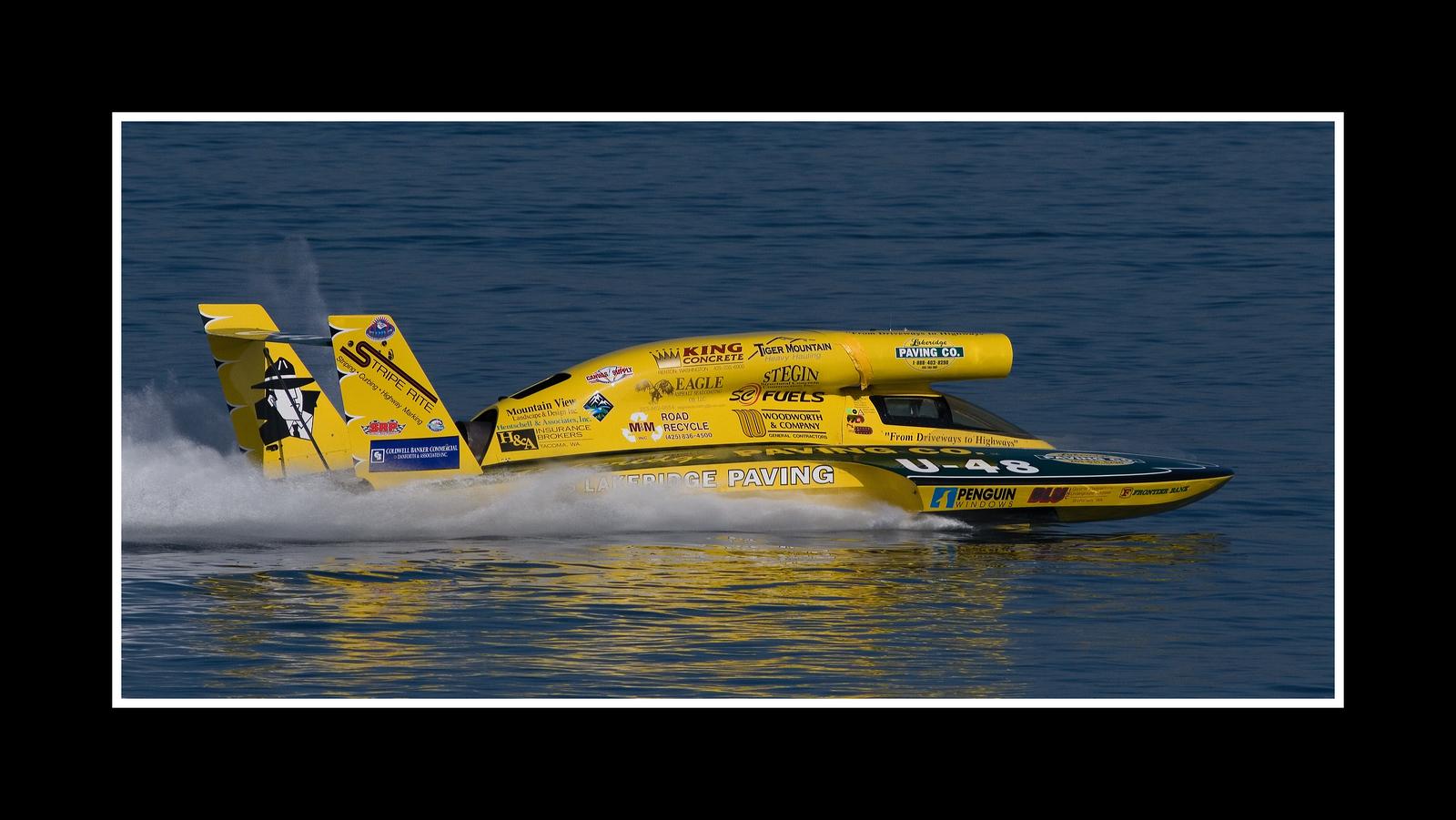 IMAGE: https://photos.smugmug.com/Sports/THUNDERBOAT-REGATTA-2007/i-WnBdrcR/0/713274a6/X3/JPEG%20Thunderboat%200366-X3.jpg