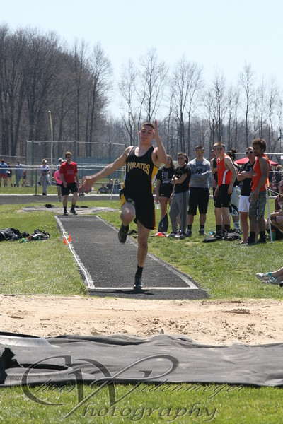 HUSKY INVITATIONAL 4-16-2016