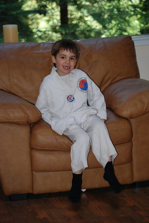 Tae Kwan Do: First Day!  5/29/09
