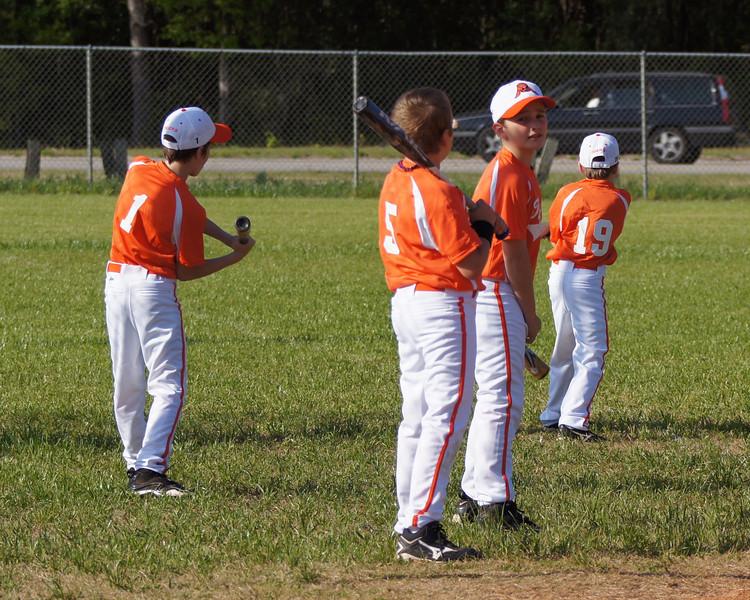 April 2011- 10U Tigers vs Braves