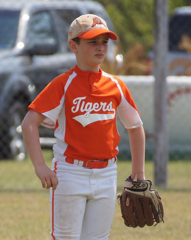 March 2011- Talahi Tiger 10U Orange at the Garden City Tournament