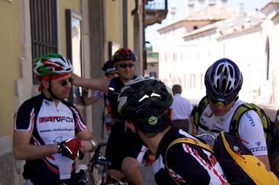 Tanfoi Adventures 2010 - Colline Moreniche 2010-05-23 at 09-57-24 num 2