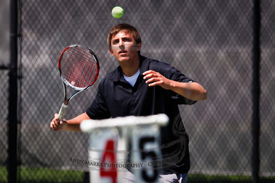 Parker triangulates the ball. 24Apr10