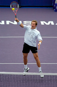 Masters Cup Westside Tennis Club, Houston TX,   November 2004  Bjorkman & Woodbridge vs.  Bhupathi & Mirnyi