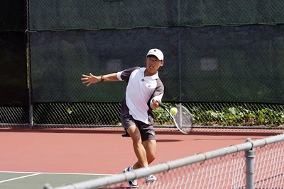 Running to the forehand, but still balanced