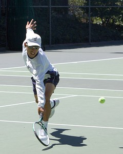 ...incredible stretch backhand...