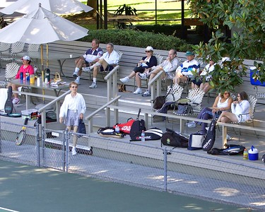 All good tennis attracts the fans!