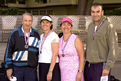 The Silver medalists, Dick, Jeanette, Amy, and Simon.
