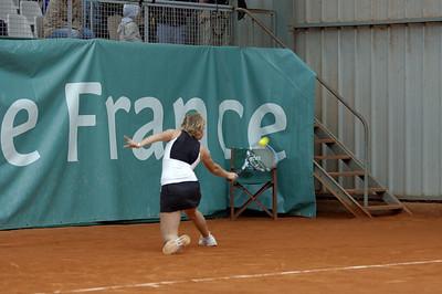 Mailyne Andrieux (FRA) vs Timea Bacsinszky (SUI) Revers en glissade