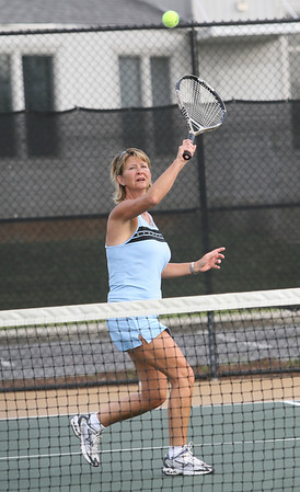 Doubles Tennis, Lisa Harper from Savana GA playing at the Rome City Courts Sat