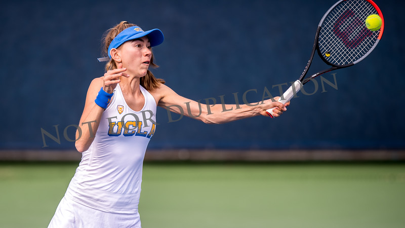 0082CAL_tennis_women_20