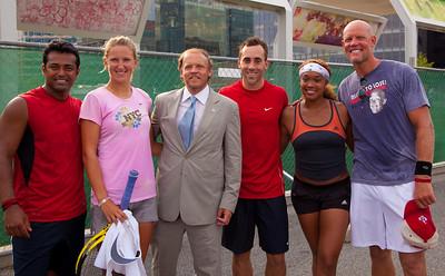 Mark Ein (owner of the Washington Kastles) and team