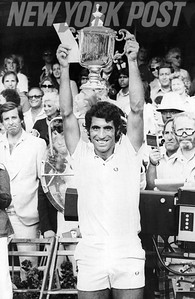 Manuel Orantes wins the 1975 US Open against Jimmy Connors