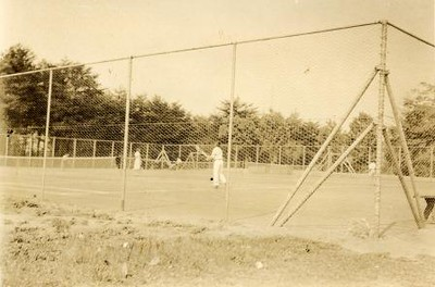 Tennis at Ruffner Playground (01261)