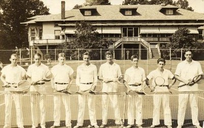 Tennis Players on Oakwood Country Club court (01625)