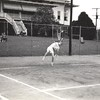 Man Playing Tennis V (01238)