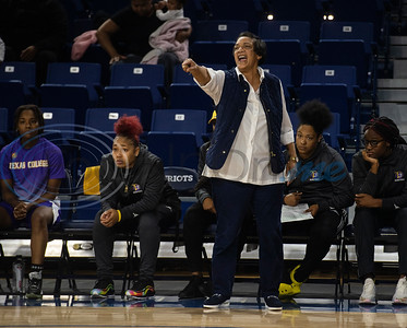 Texas College women's basketball coach Elissia Burwell yells during their game at the University of Texas at Tyler against the Patriots on Monday, Nov. 11, 2019.  (Sarah A. Miller/Tyler Morning Telegraph)