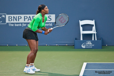 STANFORD UNIVERSITY, CA - JULY 30: Serena Williams, USA, plays in semifinal game at the Bank of the West Classic vs. Sabine Lisicki, GER, on July 30, 2011 in Stanford, CA.