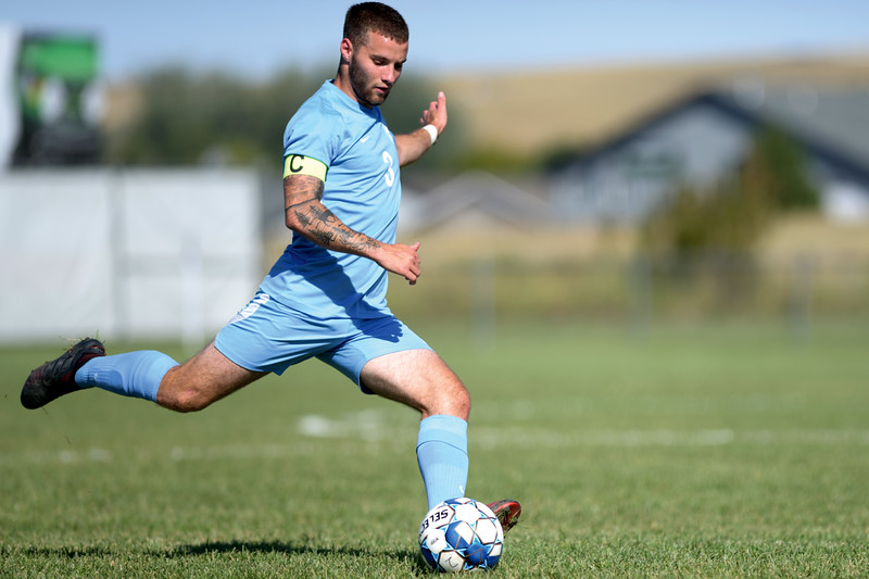 Matthew Gaston | The Sheridan Press<br>Sheridan College's Weston Short (3) takes a free kick during play against Central Community College Friday, Oct. 4, 2019.