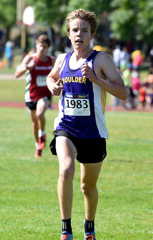 . LYONS, CO: September 8:  Carson Williams, of Boulder, during the St Vrain Invitational Cross Country Meet. (photo by Cliff Grassmick/Staff Photographer).