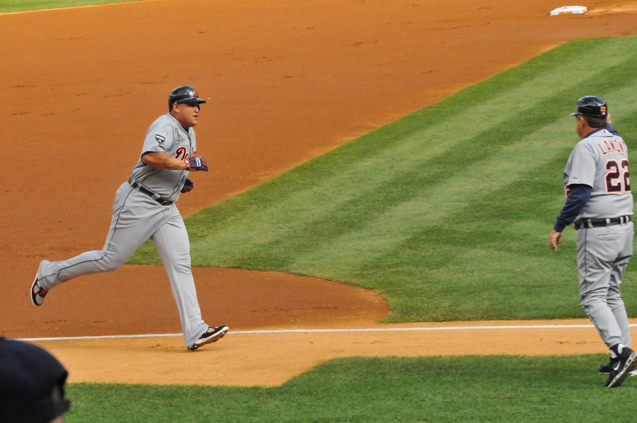 Cabrera Homerun, Tigers vs. Yankees, Game 2 of League Division Series, October 2011