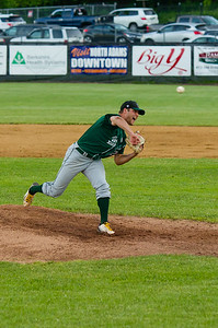 Vermont hurler Andrew Kneussle fires a pitch in the fourth inning.