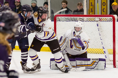 Chloe Heiting makes a glove save during the second period.