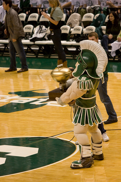 Sparty receives the Big Ten tailgating trophy for the top tailgaiting school.
