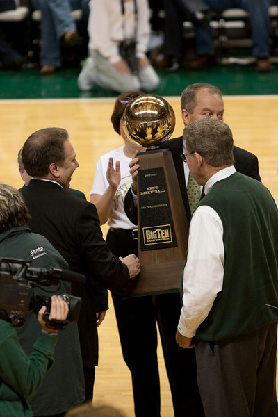 2010 Big 10 Champioship Trophy with Coach Izzo and AD Mark Hollis.
