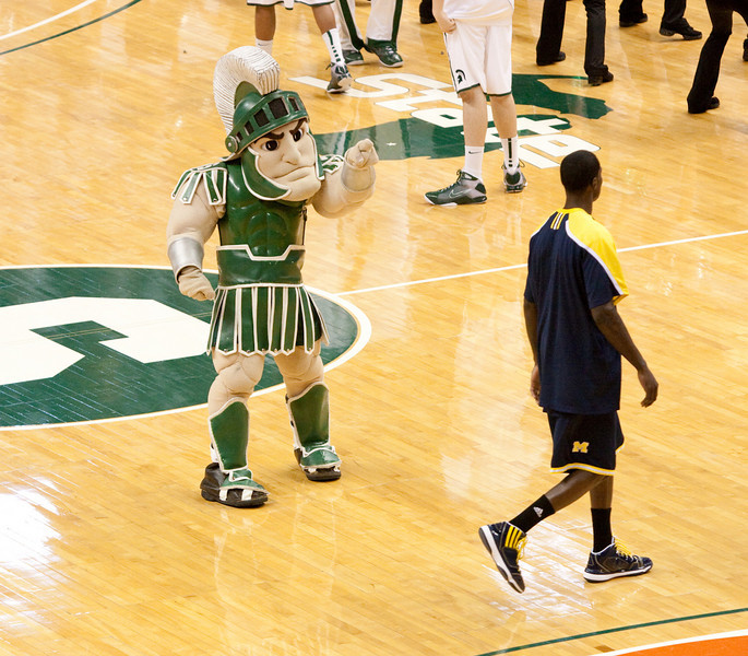 Sparty taunting Michigan players before the game.