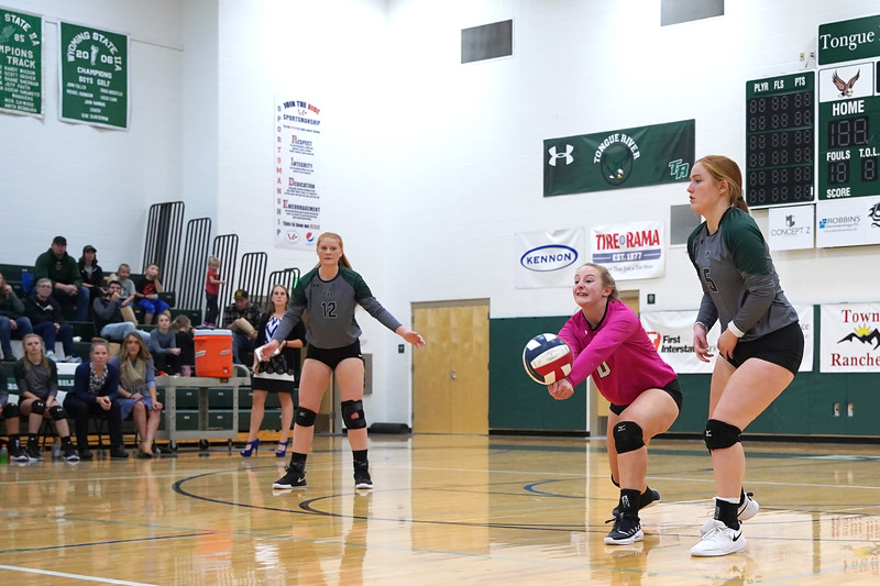 Matthew Gaston | The Sheridan Press<br>Tongue River's Sydney Butler (0) stretches to come up with a serve from Wright that dropped short Friday, Oct. 25, 2019.